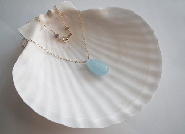 - 雫石 - necklace